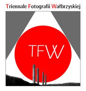 logo_TRIENNALE_III